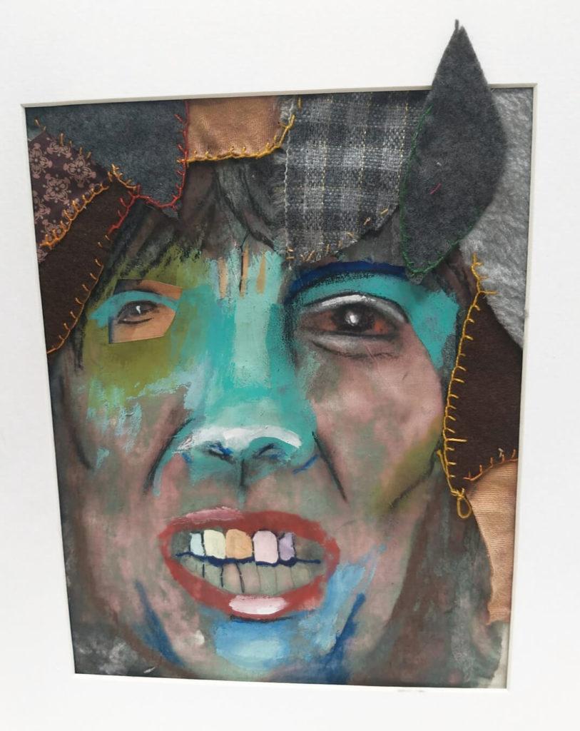 דיוקן עצמי במיקסד מדיה, בצבעי פנדה, אקרליק וגזרי תמונה.
