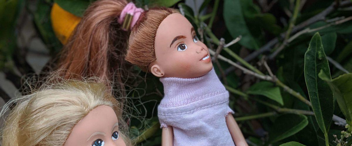 dolls-outside